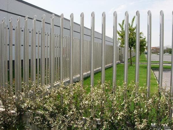 cancelli e recinzioni su misura acciaio inox