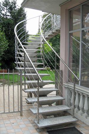 Scale esterne acciaio inox porte e finestre cancelli e recinzioni parapetti - Ringhiera scala esterna ...
